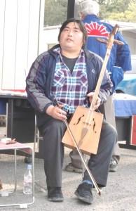 梅木秀徳さん モンゴル音楽